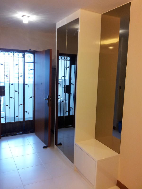 Hdb flat design for 4rm home hub and living for Modern design main door