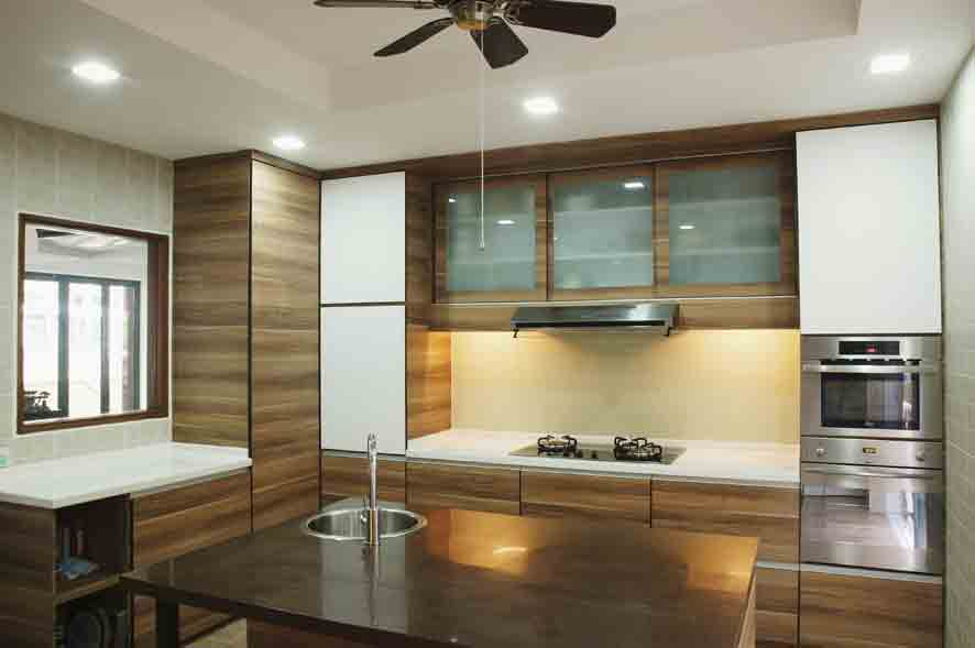 Modern Mediteranian Kitchen 1. Central Island Counter For Food Preparation  And Breakfast Counter Part 26