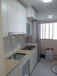 Modern Classy tone matching for Kitchen 225x300 Modern Design for HDB 3 Room Type in Punggol Spectra
