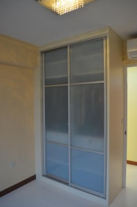 Sliding Aluminium Door for Common Door Wardrobe 2 198x300 Modern Design for HDB 3 Room Type Apartment with Modern Zen Bed Frame (Tatami) in Punggol Spectra : Common Room and Toilet