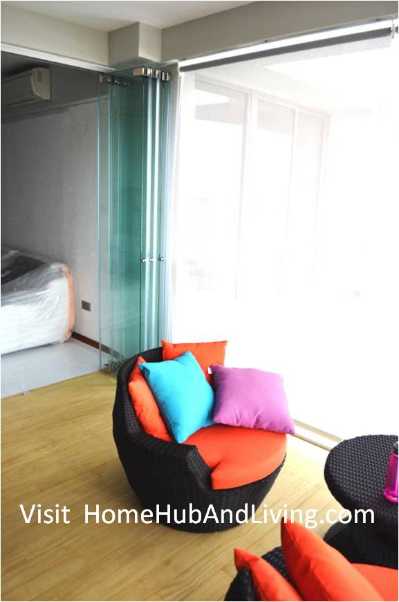 Singapore Private Property Fully Opened Frameless Door Enjoy privacy in balcony area side view from balcony True Open Concept Design with Living Room and Balcony: Enjoy Full View and New Define Feeling of Balcony Space