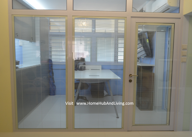 Smart Blinds Systm clear glass room with all blinds lowed and opened Singapore Smart Blinds System For Flexible Privacy and Open Concepts Suits Different Designs (e.g Offices, Study Room, Partitions, Windows, Balcony Doors, Patio and more ideas) Double Glazed Glass with Built in Blinds